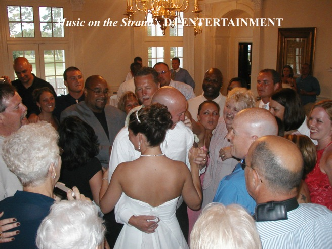 At Pine Lakes in Myrtle Beach, the DJ orchestrates a Circle of Love Last Dance.